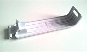 Защелка для соковыжималки (со стороны переключателя) Philips 420306551110
